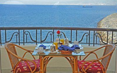 فندق وارويك بالم بيتش لبنان