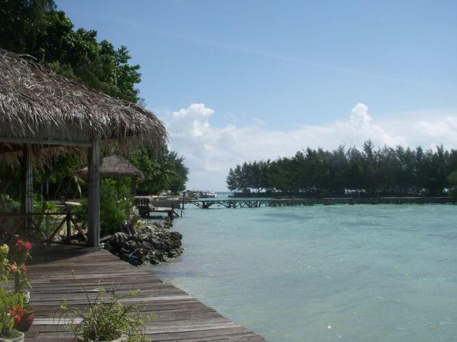 الجزر السياحيه حول جاكرتا