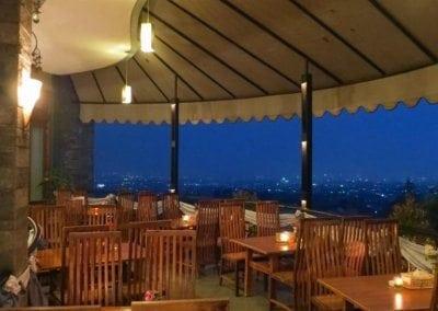 المطاعم المميزة في مدينة باندونج