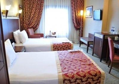 فندق كريستال Crystal Hotel