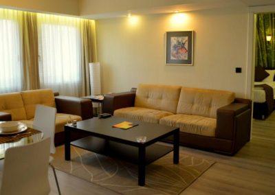 يقع ريزيدنس غايريتيبي Tempo Residence Gayrettepe