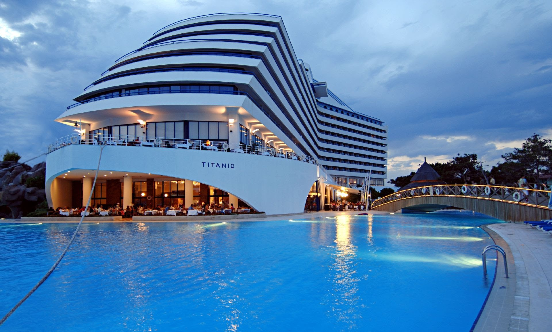 أجمل الفنادق في العالم