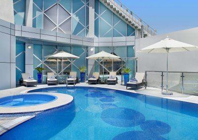 فندق سيتي سيزونز تاور City Seasons Towers Hotel