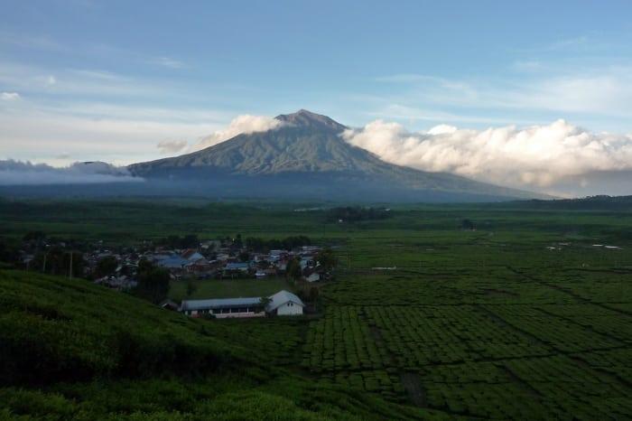 أشهر 10 جبال للتسلق في إندونيسيا