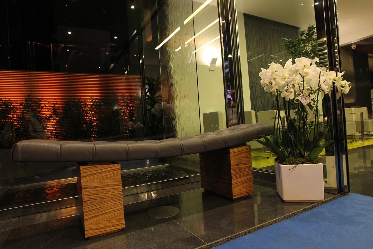 فندق وارويك ستون 55 بيروت
