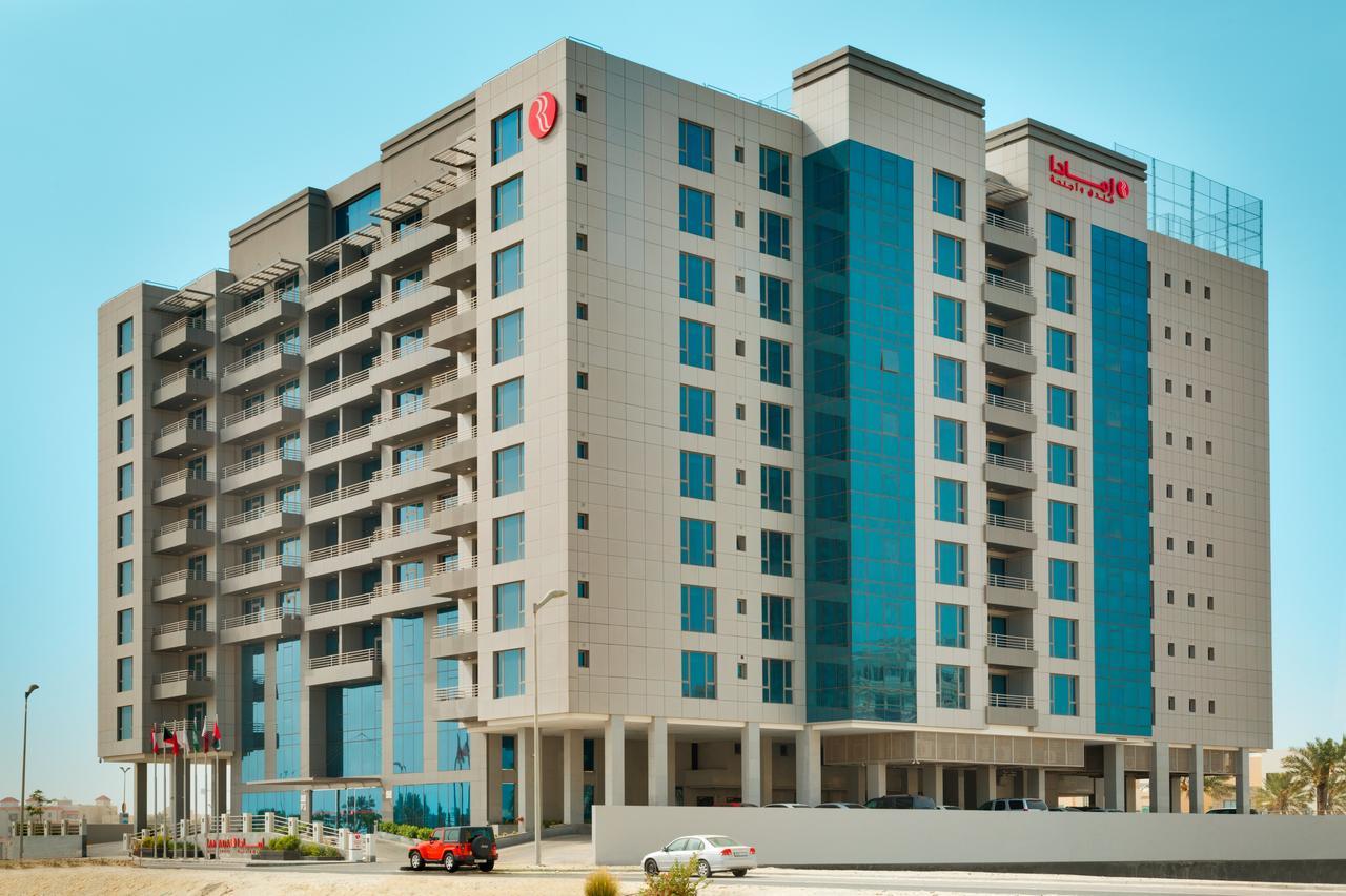 Ramada Hotel Amwaj Island