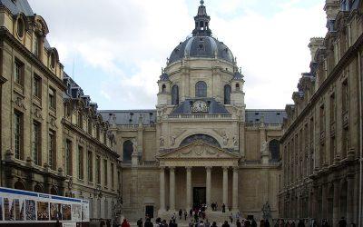 پیرس میں عظیم قبرستان کا دورہ