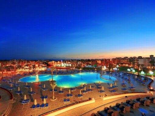 فندق دانا بيتش ريزورت Dana Beach Resort