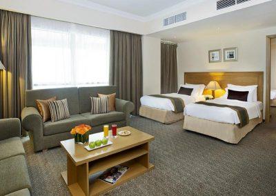 فندق سيتي سيزونزCity Seasons Hotel