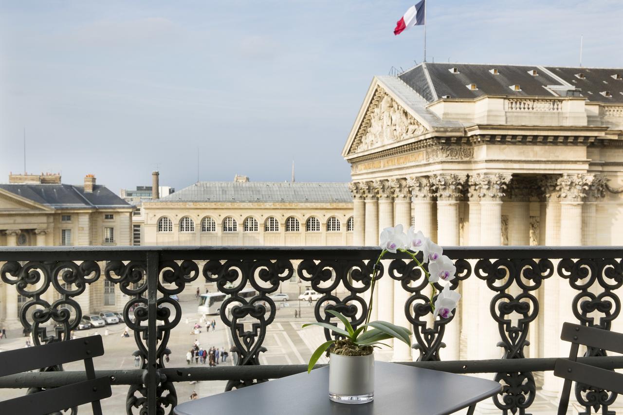 تعرف على البانثيون في باريس