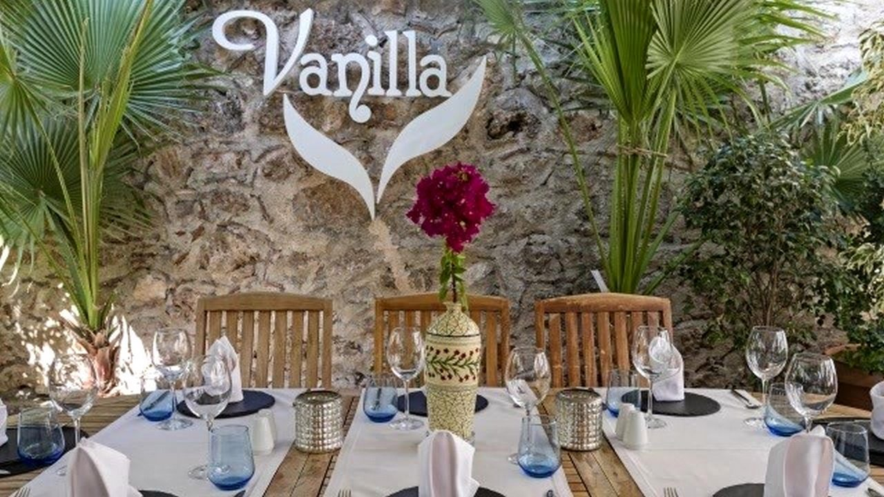 مطعم فانيلا في انطاليا تركيا