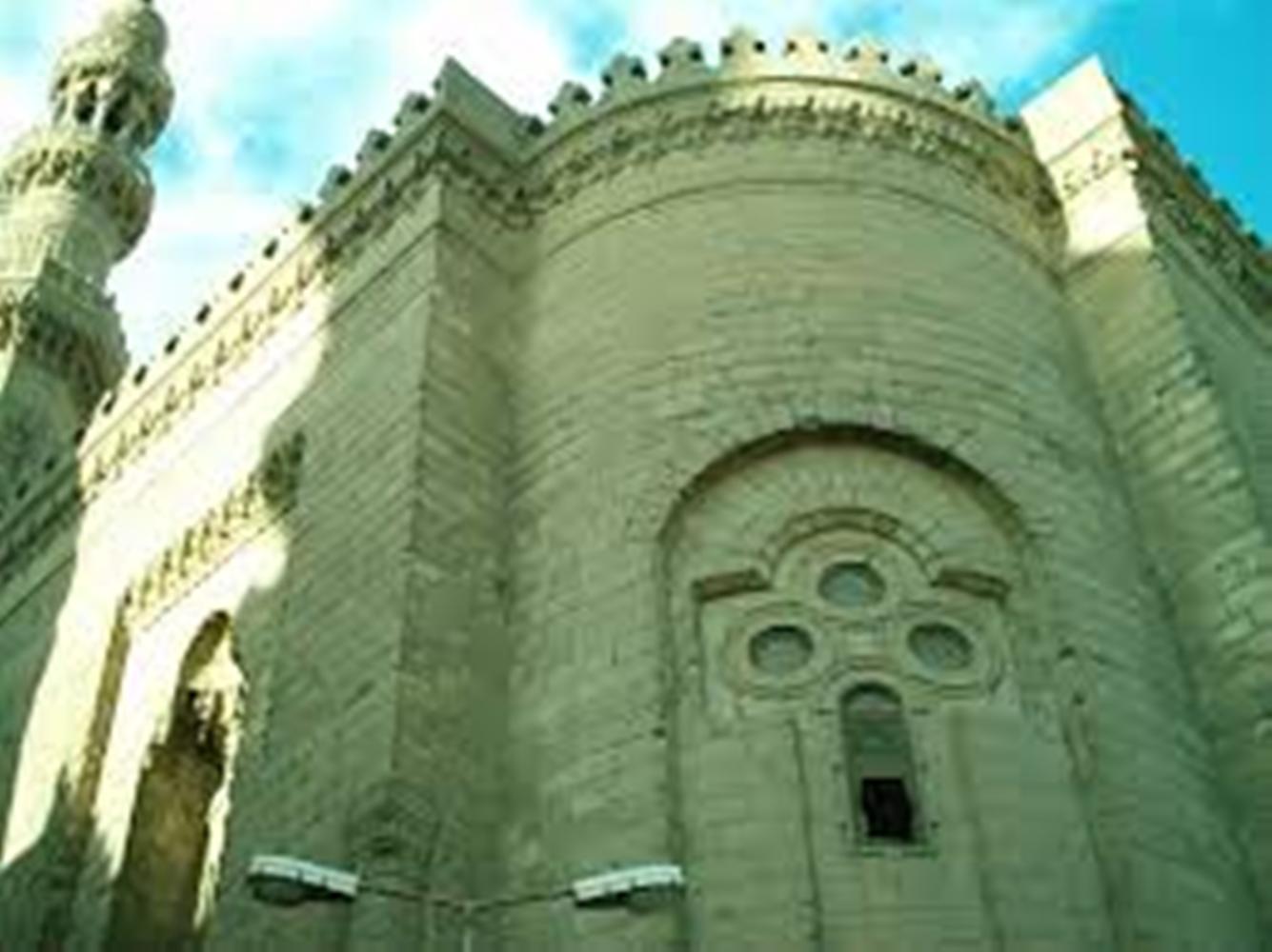 مسجد الرفاعي بالقاهرة