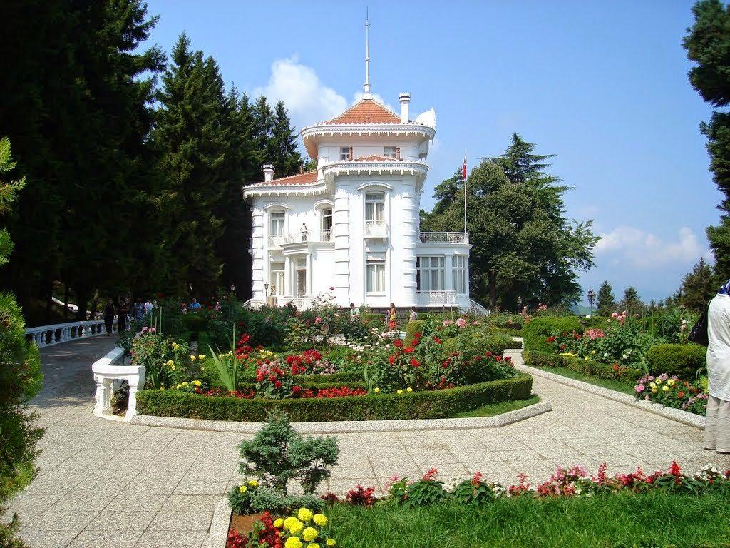 أنشطة في حديقة أتاتورك أسطنبول تركيا