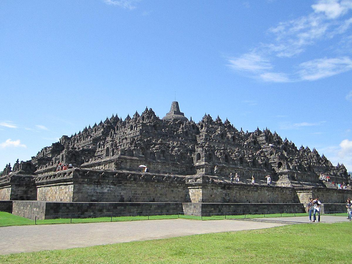 معبد بوروبودور اندونيسيا