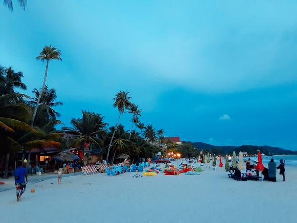 افضل الانشطة في شاطئ سينانج لنكاوي