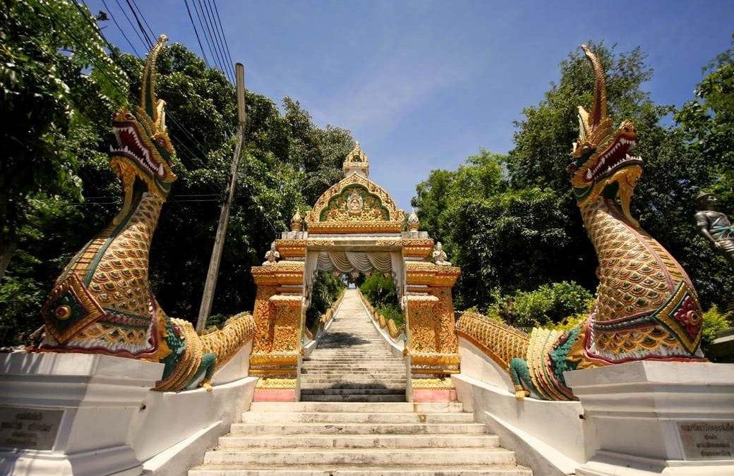 معبد الجبل الذهبي بانكوك