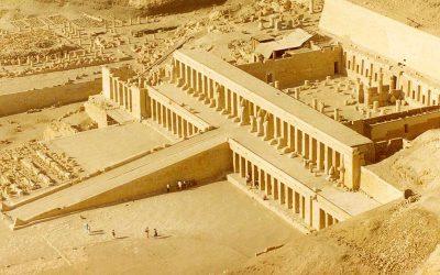 معبد الدير البحرى في الاقصر