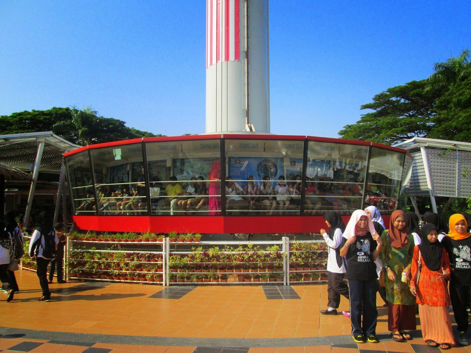 منارة تامنج ساري في ملاكا ماليزيا