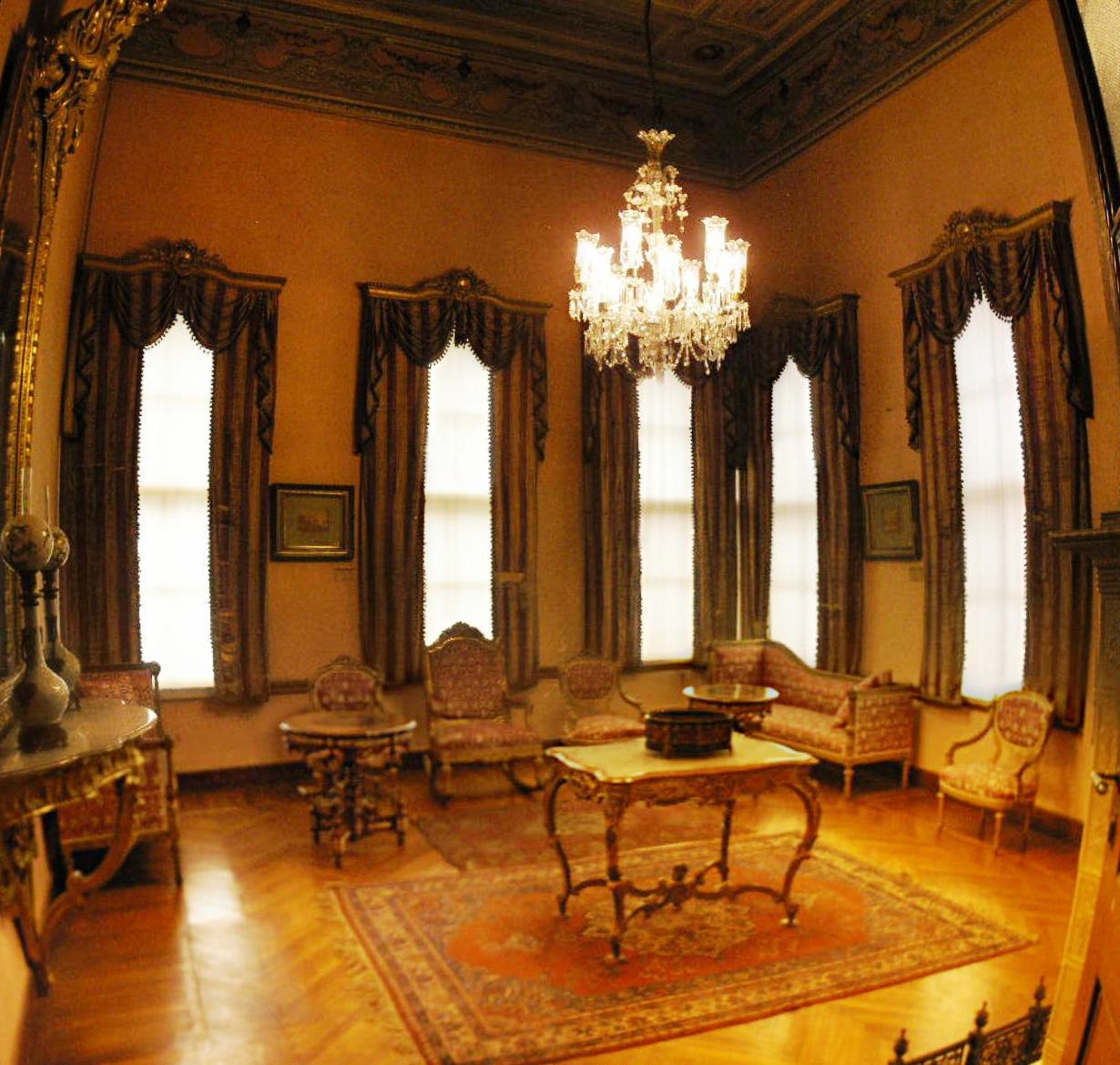 قصر دلما بهجه تركيا