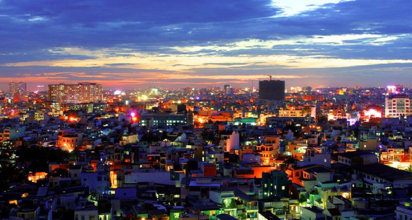 جوله حول مدينة بيكانبارو في سومطرة