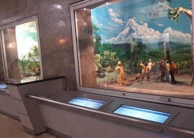 جوله فى برج موناس