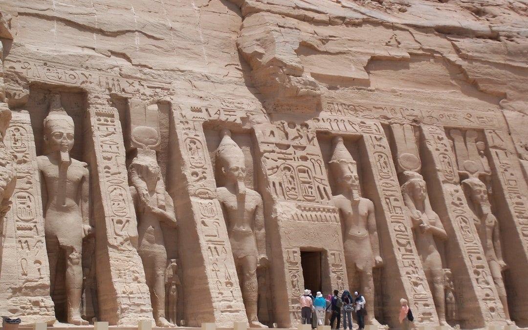 معبد ابو سمبل في اسوان