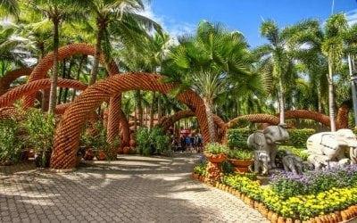파타야의 농 누드 열대 공원