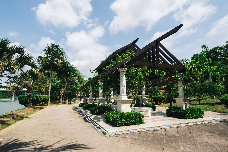 حديقة النباتات في بوتراجايا ماليزيا