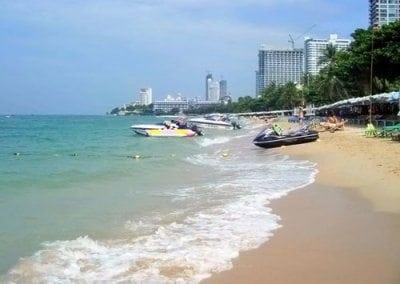 شاطئ جومتين