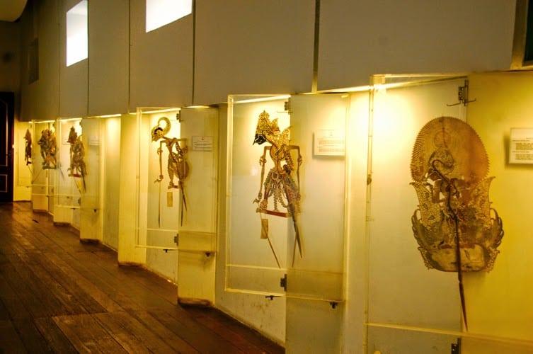 متحف عرائس الظل في جاكارتا