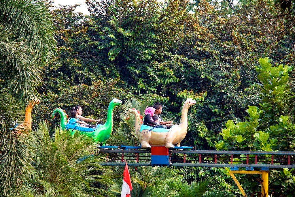 حديقة راجوانا جاكرتا اندونيسيا