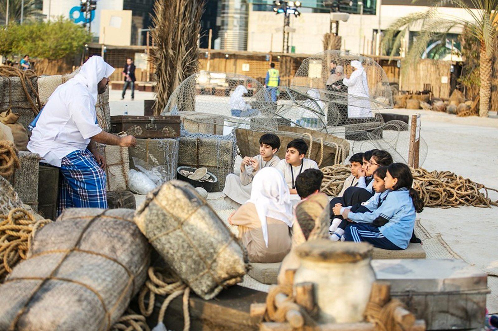 أنشطة في منارة السعديات أبوظبي الامارات