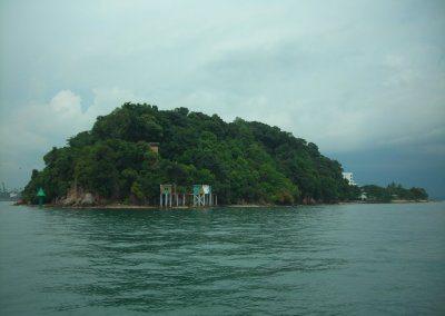 Sisters Island and Lazarus Island