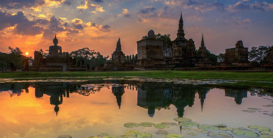 السياحية في مدينة فجر السعادة (سيكو تاني) تايلاند | مدينة فجر السعاده تايلاند