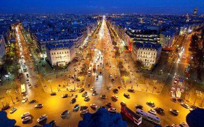The most important tourist places in the Champs-Elysées