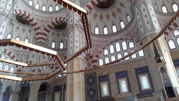 المسجد المركزي سابانجي في آضنة تركيا