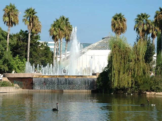 اهم الانشطه السياحية في حديقه فونيكس في فرنسا | حديقة فونيكس فرنسا
