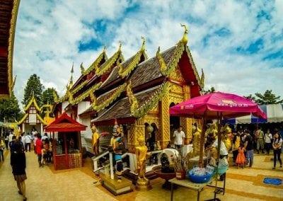معبد الجبل الذهبي