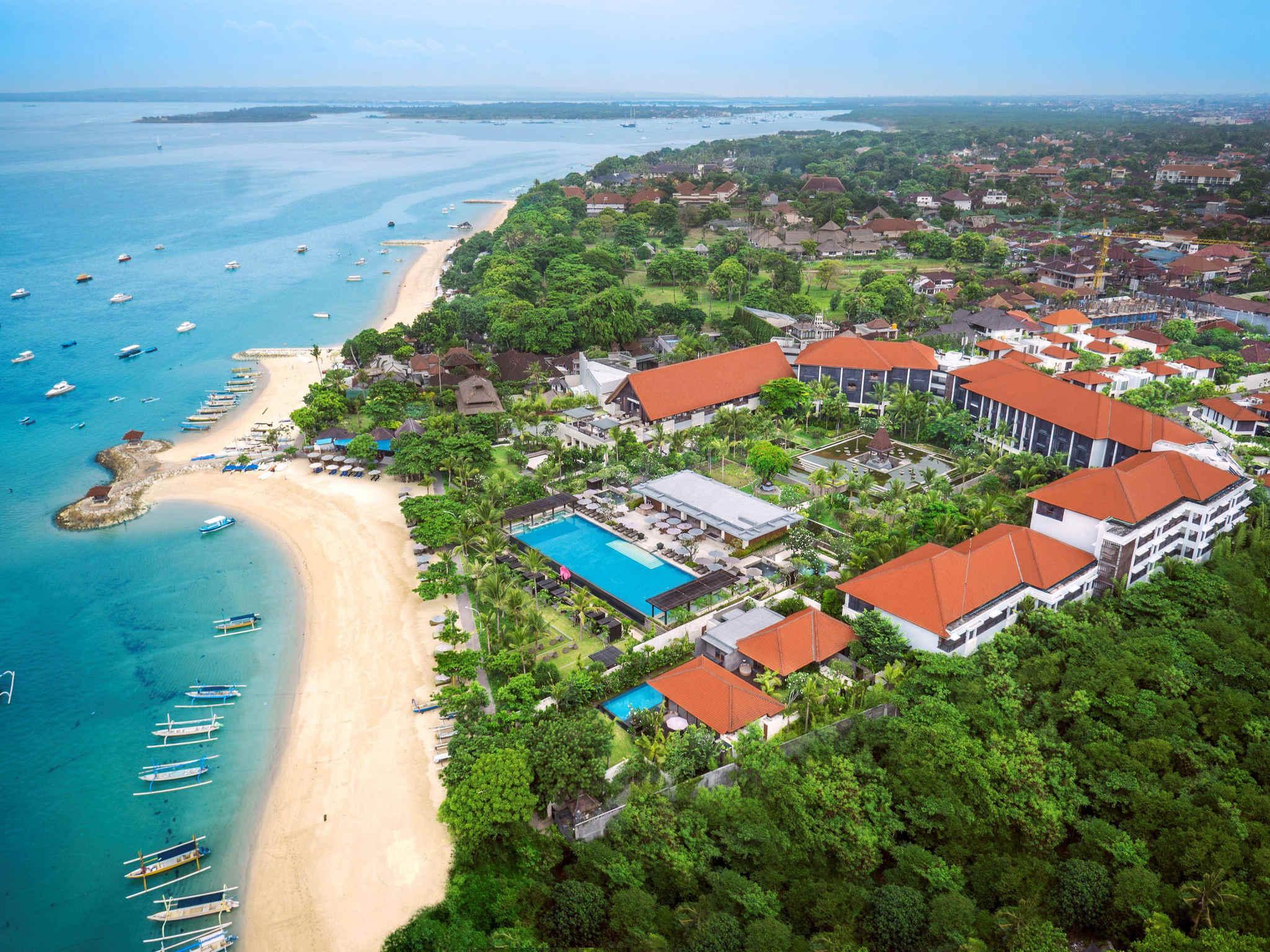 شاطئ سانور اندونيسيا