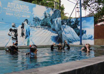 اهم الانشطه في مدينة الألعاب المائية اتلانتس