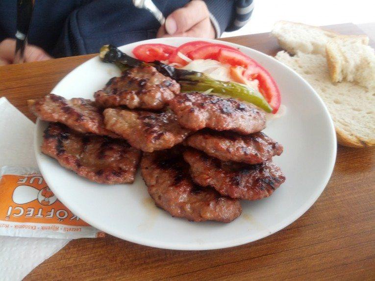مطعم كفتجي يوسف في بورصة تركيا
