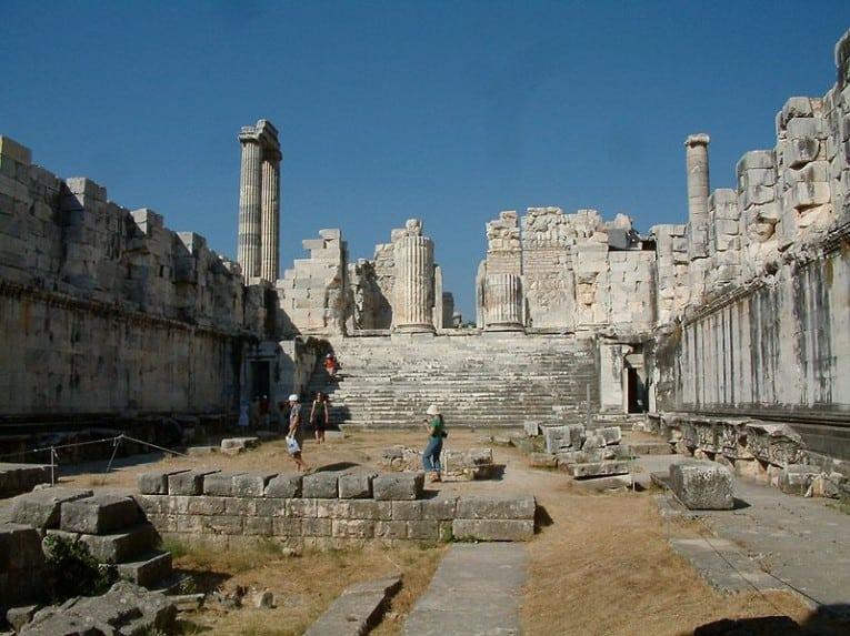 معبد ابولو فى تركيا