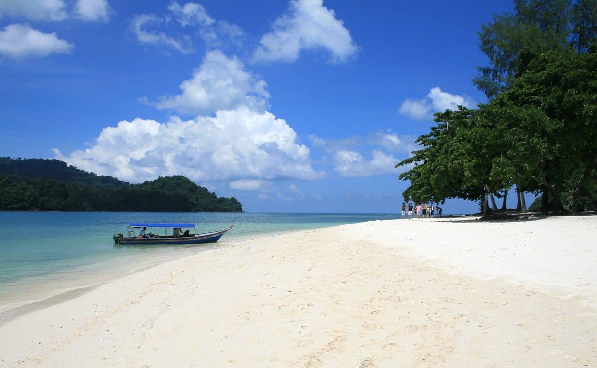 أفضل 7 أنشطة في شاطئ سينانج لنكاوي