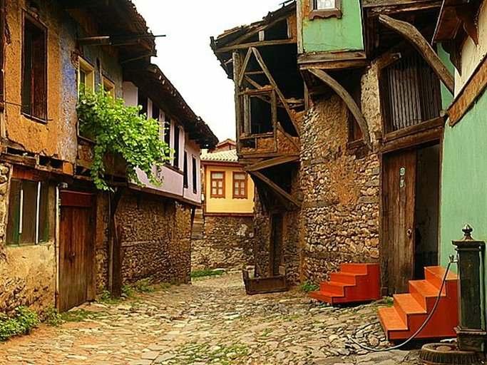 터키에서 가장 중요한 역사적인 증권 거래소 마을