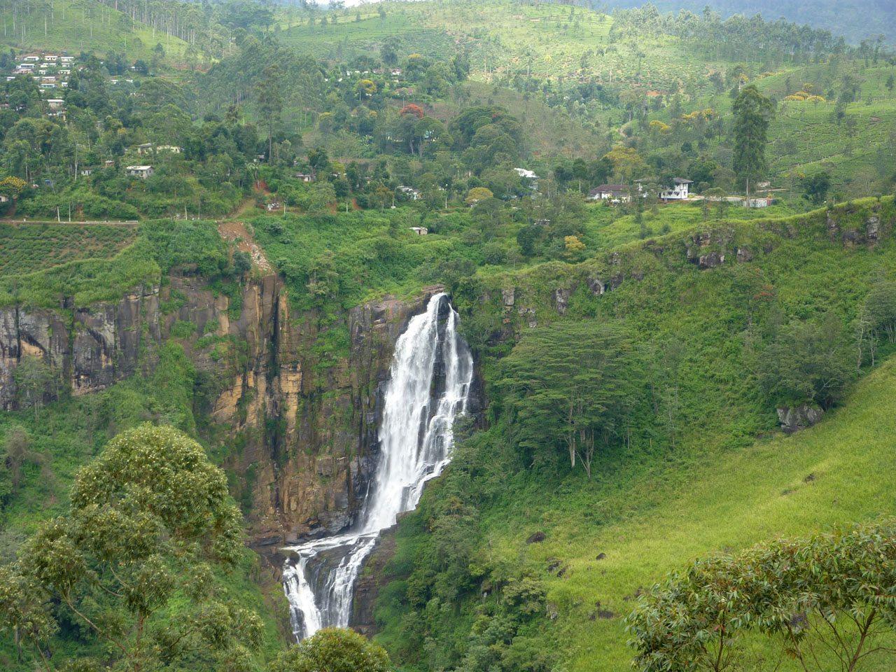 在斯里蘭卡的Ramboda瀑布