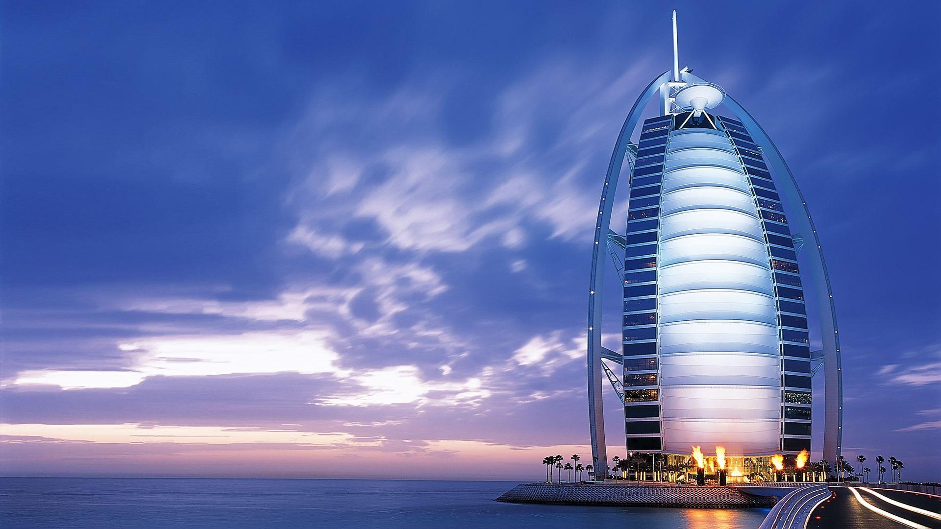 جوله مبهره حول الجمال الخلاب الذي يوجد علي  شاطئ ناسيمي الرائع في دبي