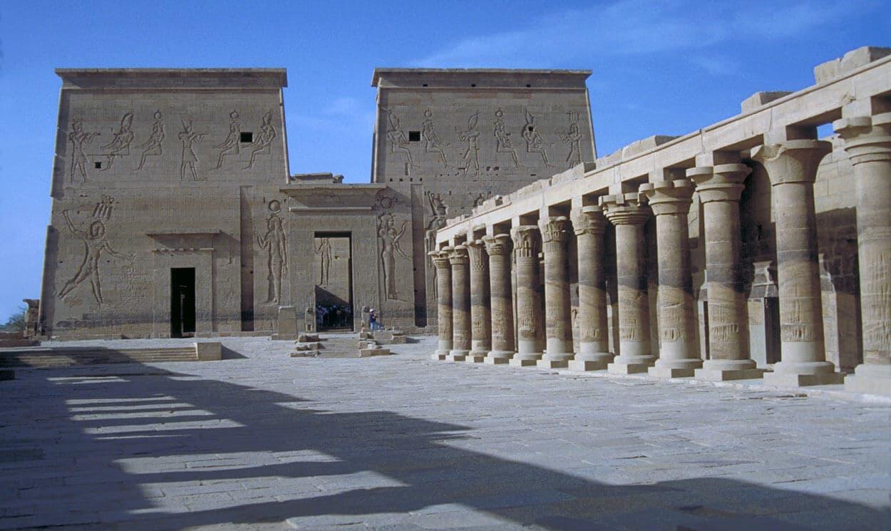 معبد الفيلة مصر
