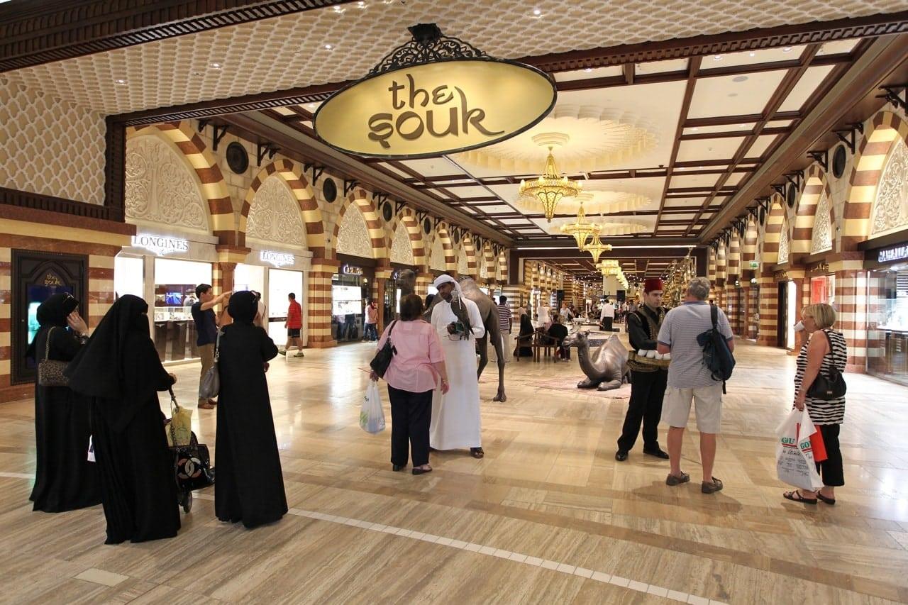 التسوق في دبي