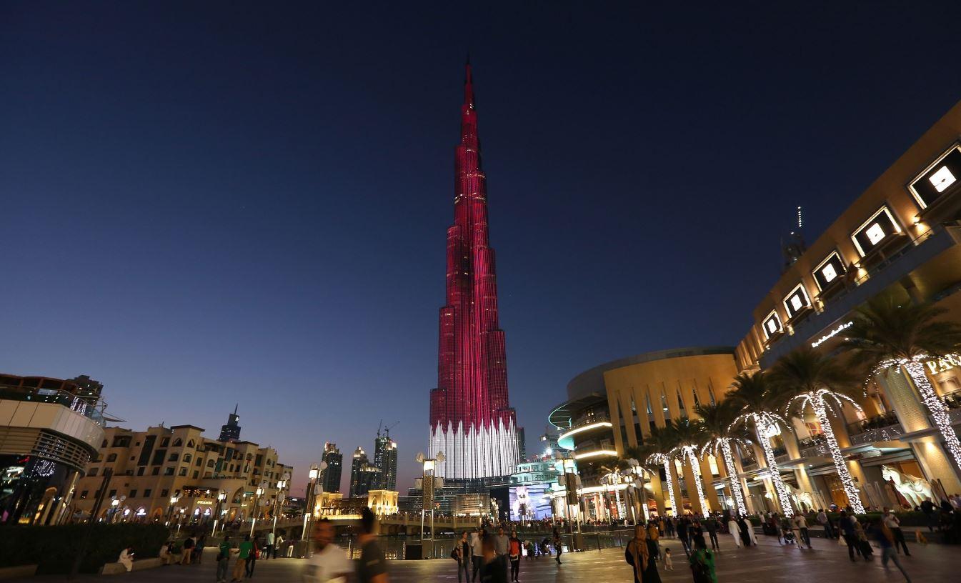 أنشطة في برج خليفة دبي الامارات