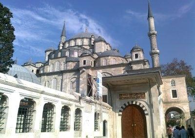 مسجد الفاتح في اسطنبول